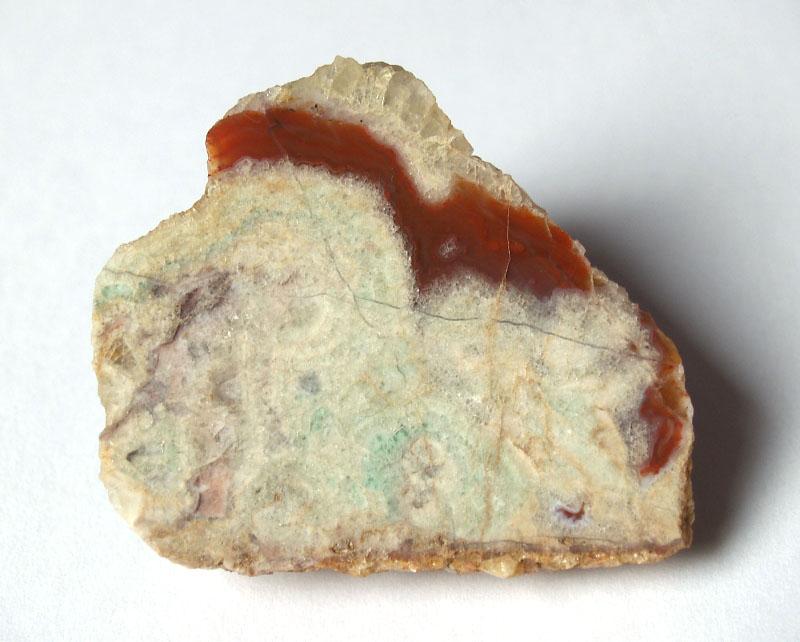Křemen (var. Karneol), Fluorit