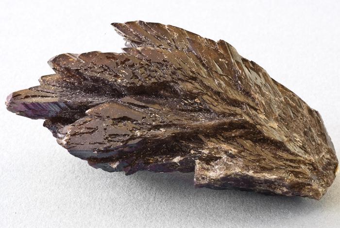 Axinit
