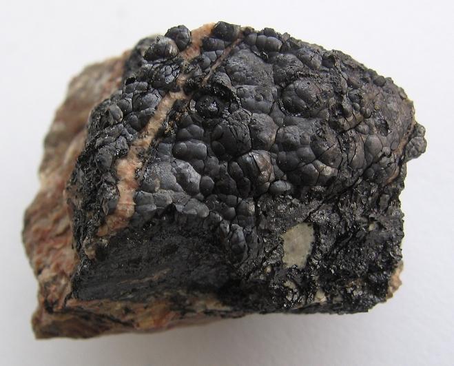 Uraninit