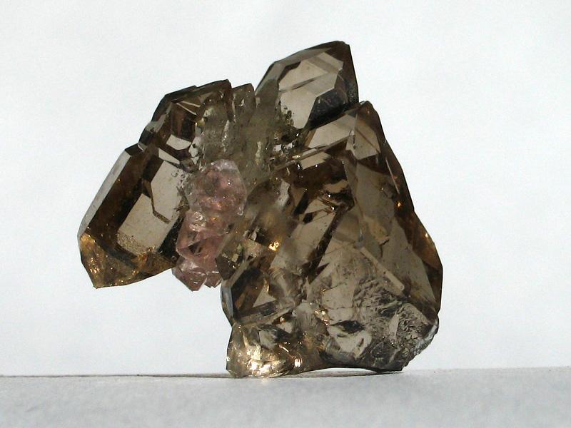 Křemen (var. Záhněda), Fluorit
