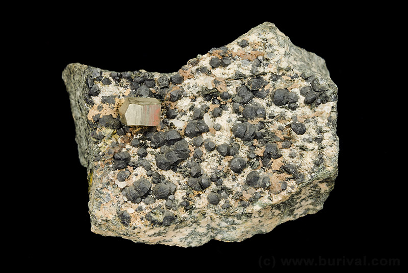 Pyrit, Klinochlor